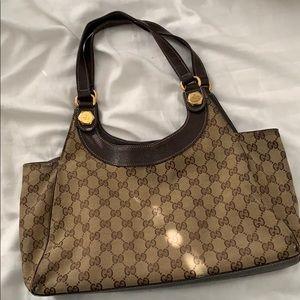 Authentic Gucci shoulder purse